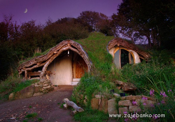 Smiješne kuće i zgrade - Low impact woodland house