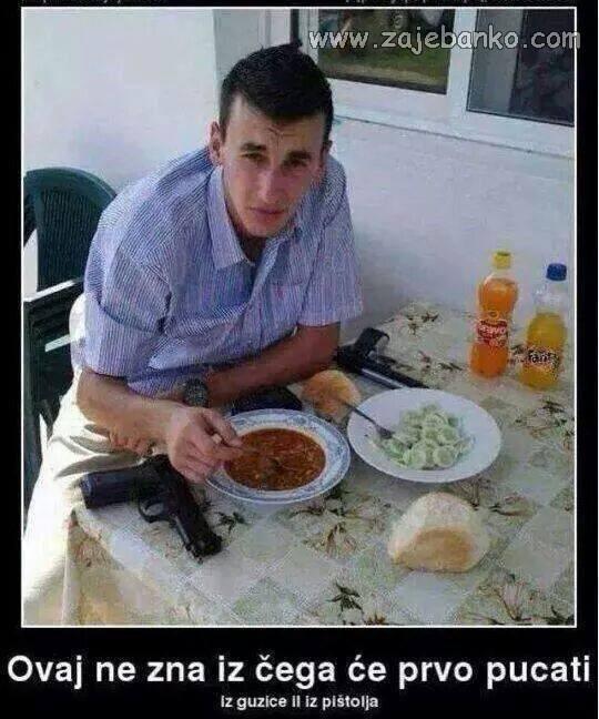 Smiješni Bosanci - rafalna paljba