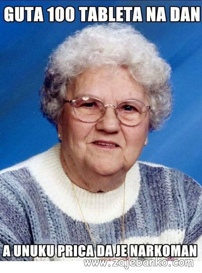 smiješna baka narkomanka